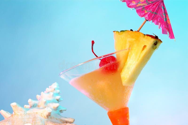 Flirtini tropischer Martini lizenzfreie stockfotografie