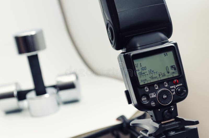 Flitslicht, toebehoren voor het schieten van foto's stock afbeeldingen