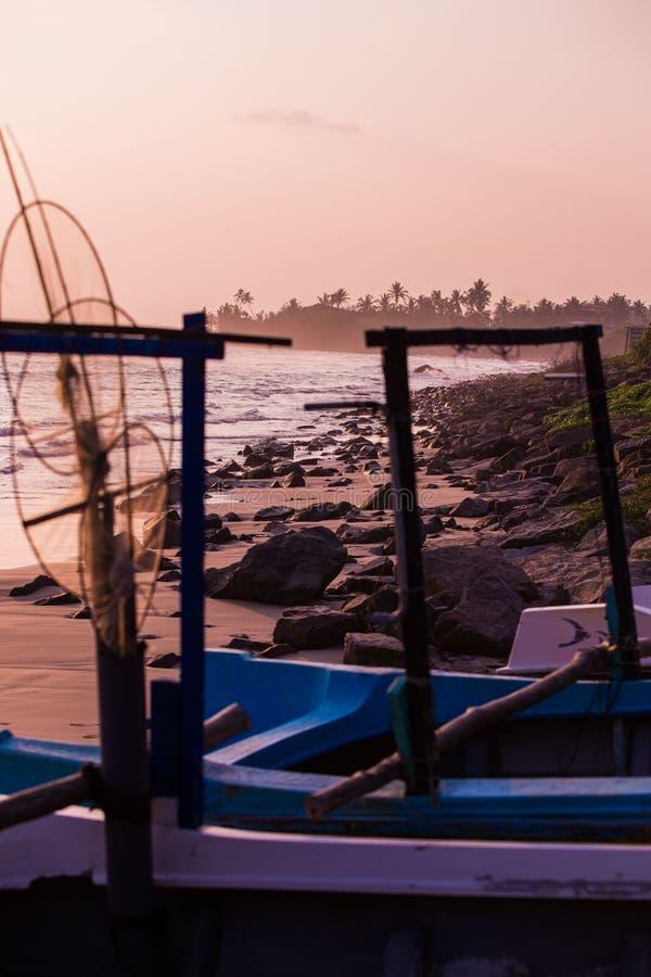 Flitter, Paddel und Boot stockfoto