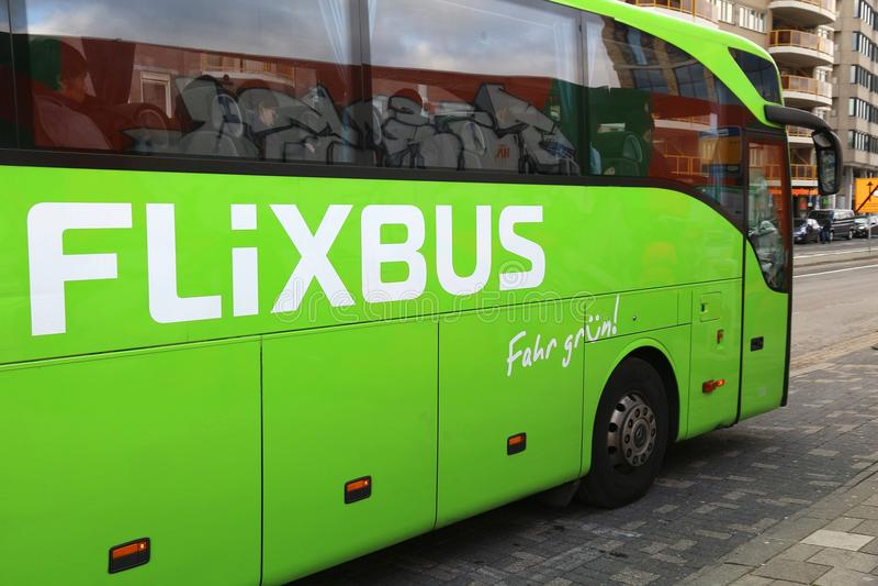 Flixbus lopp royaltyfria foton