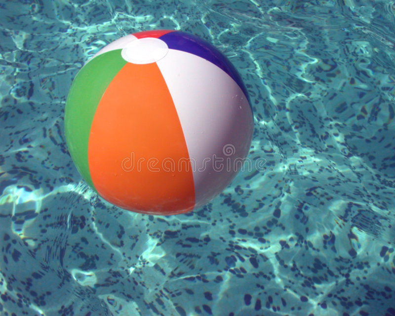 Floatational Beachball imagens de stock royalty free