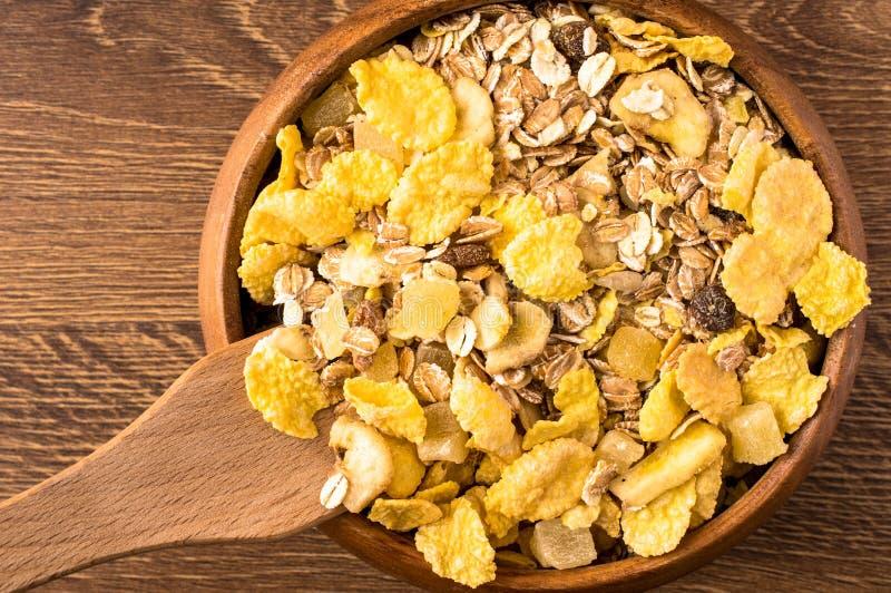 Flocos de milho e muesli da farinha de aveia Vista superior foto de stock