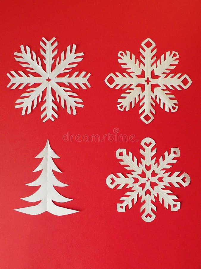 Flocos de neve e árvore de incêndio fotografia de stock royalty free
