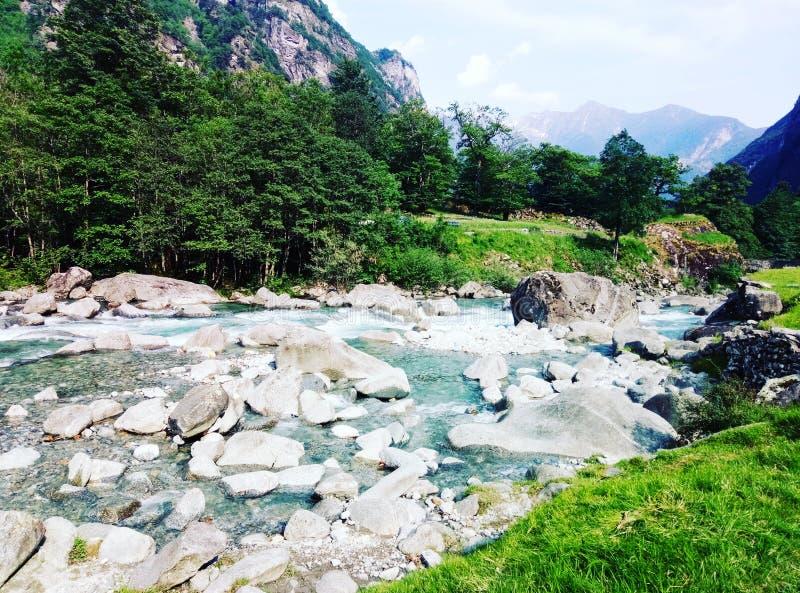 Flod arkivfoto