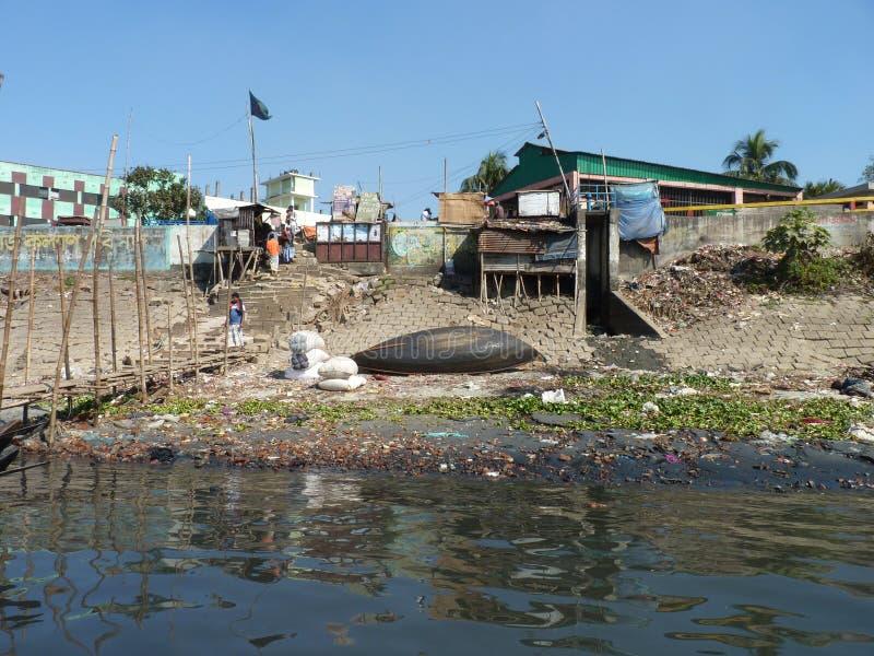 Flod av burigongaen dhaka Bangladesh royaltyfri foto