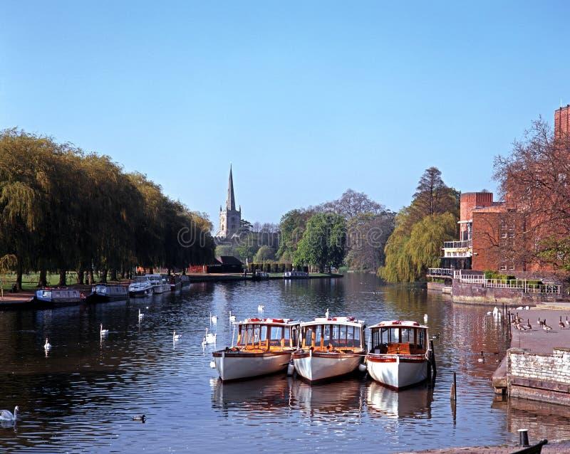 Flod Avon, Stratford-på-Avon, UK. fotografering för bildbyråer