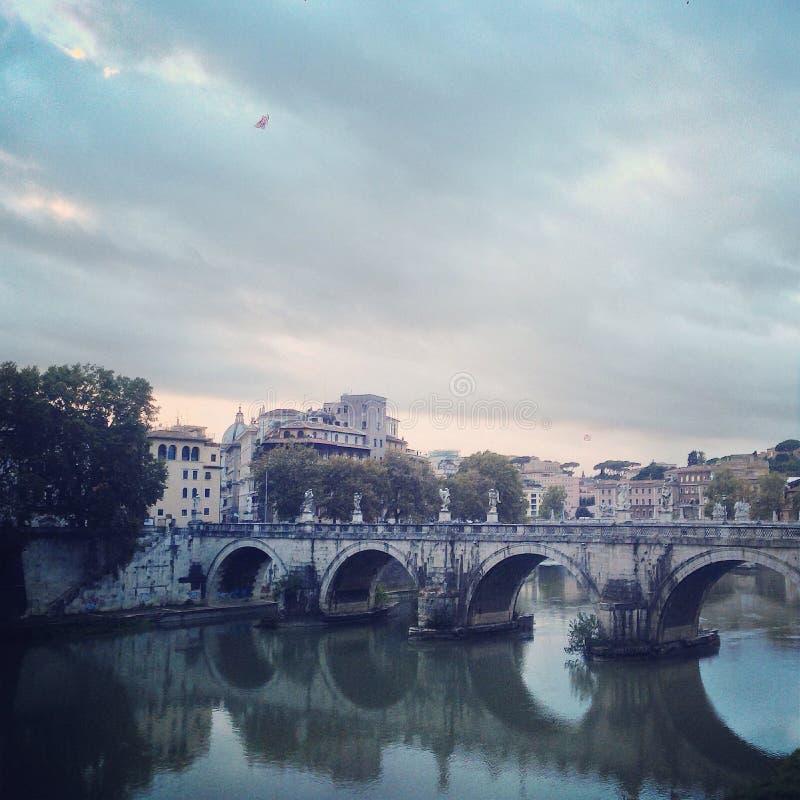 Flod förutom till Vatican City arkivfoton