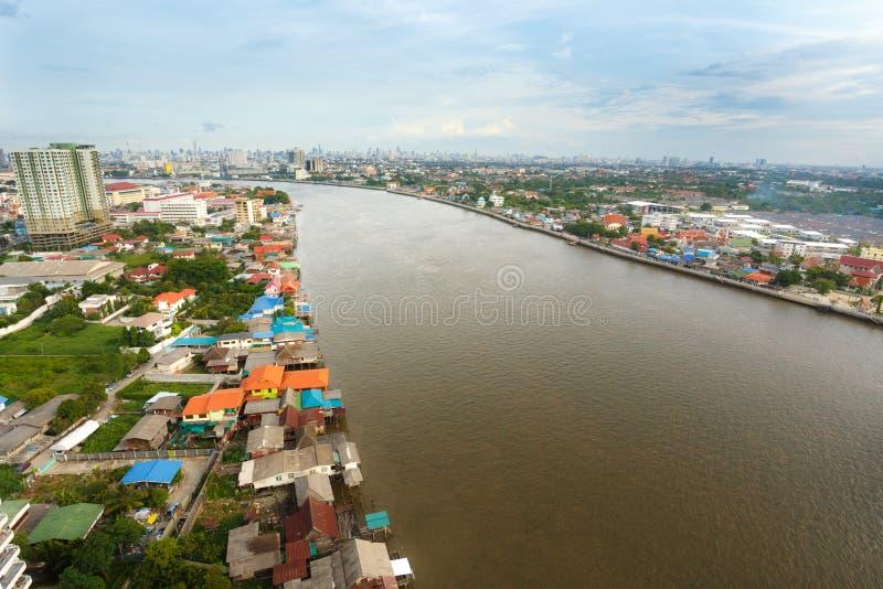 Flod i den Bangkok staden royaltyfri foto