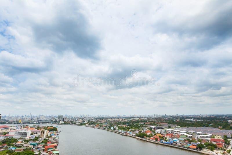 Flod i den Bangkok staden arkivfoton