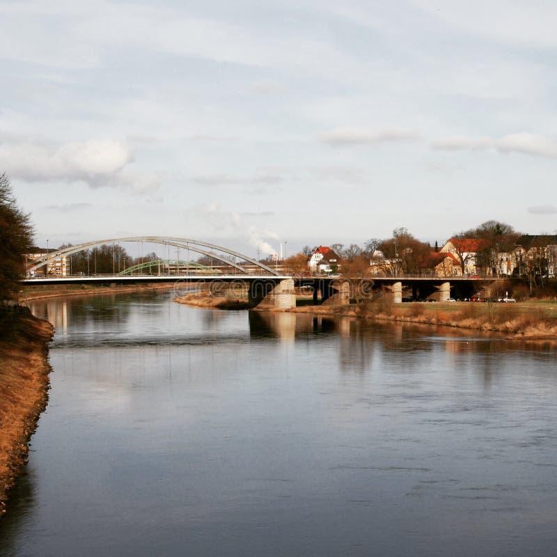 Flod i staden av Minden arkivfoton