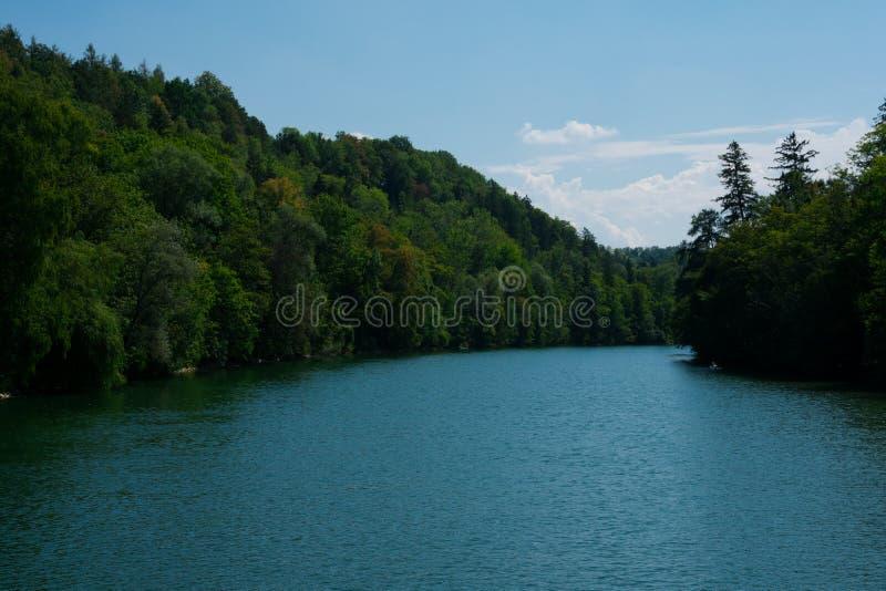 Flod Lech på en solig sommardag arkivbild