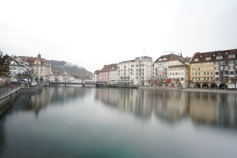 Flod Reuss Lucerne Schweiz arkivfoto