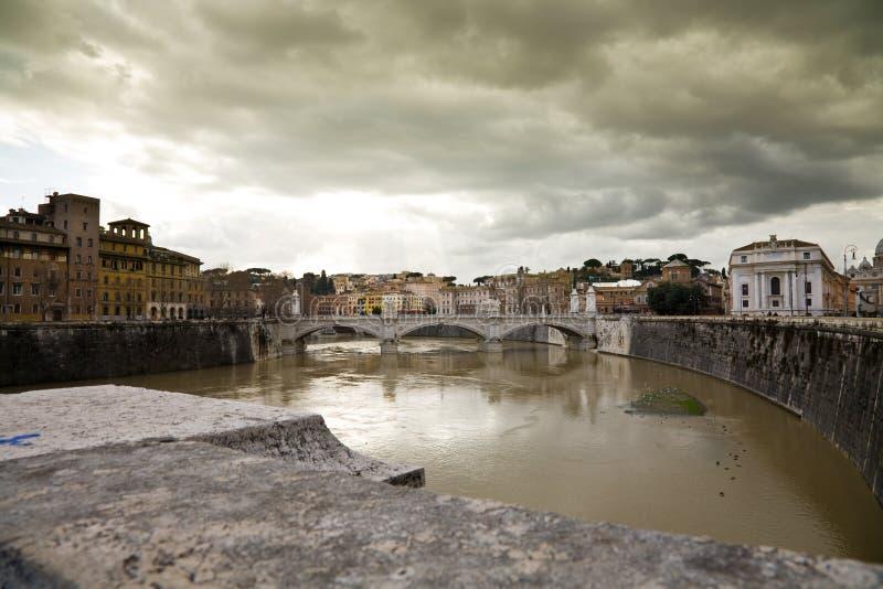 flod rome arkivfoto
