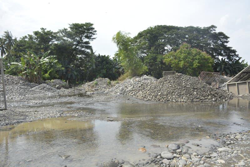 Flodbädd av Mal-floden, Matanao, Davao del Sur, Filippinerna fotografering för bildbyråer