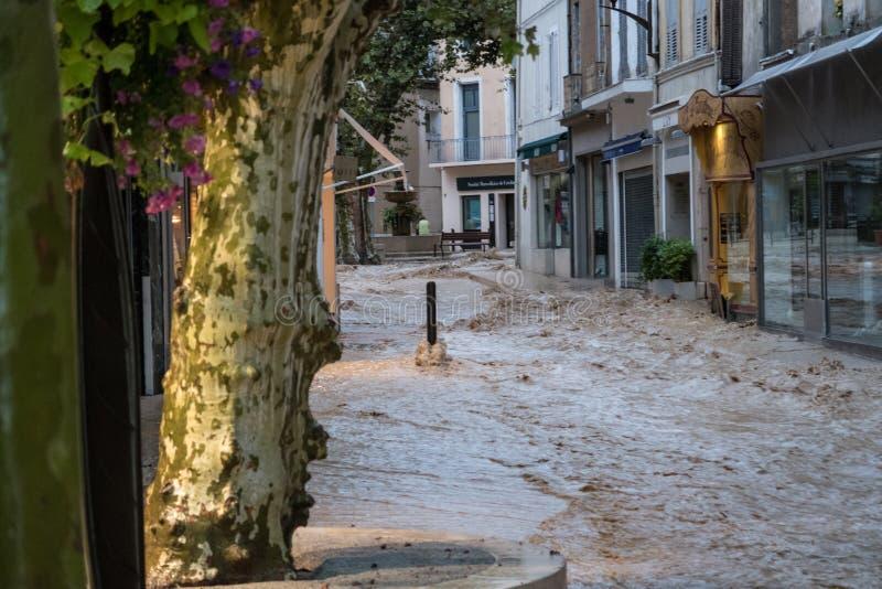 flodding在cassis 9月13日的Inondation 免版税库存照片