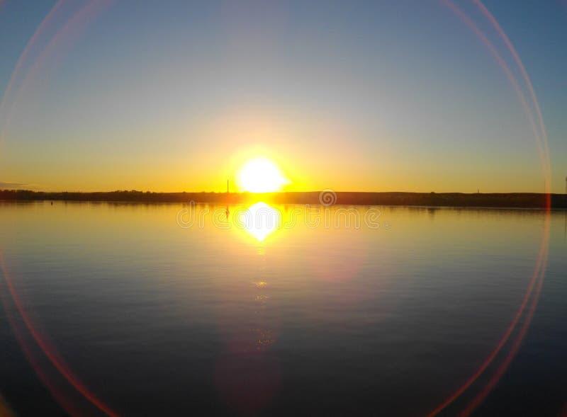 Floden Kama permanent Solnedgång fotografering för bildbyråer