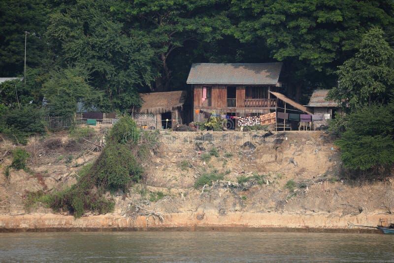 Flodlandskapen av den Irrawaddy floden i Myanmar arkivbild