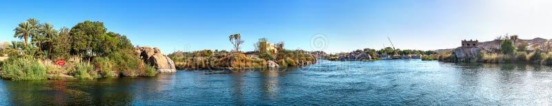 FlodNilen i Aswan arkivbild