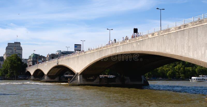 FlodThemsen, Waterloo bro royaltyfri bild