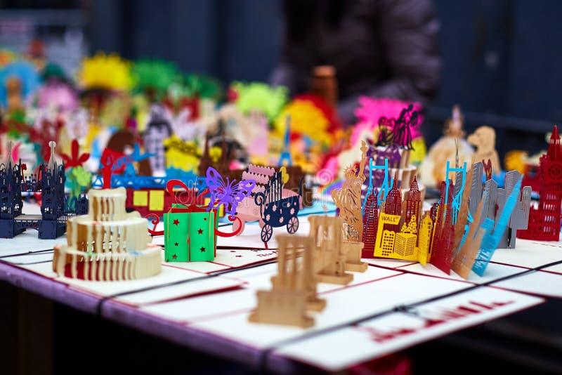 Flohmarkt-Handwerks-Papierhandwerk stockfotos