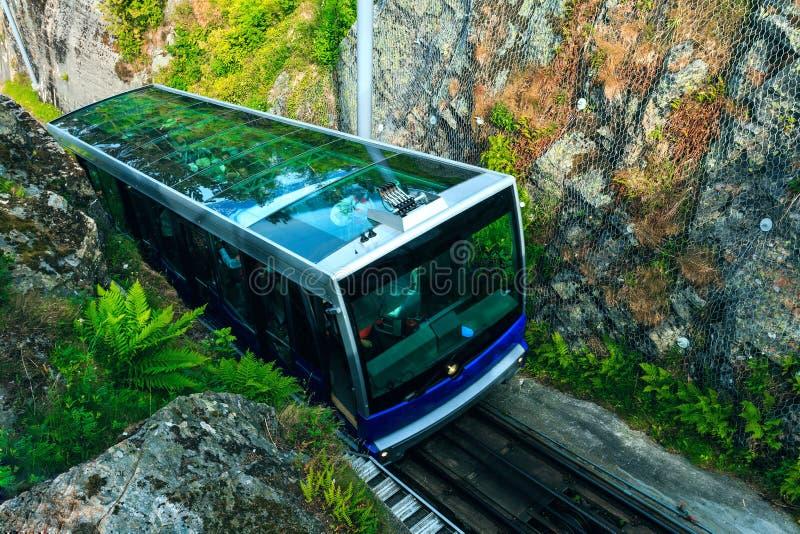 Floibanen funicular Mt Floyen przy Bergen miastem, Norwegia obrazy stock