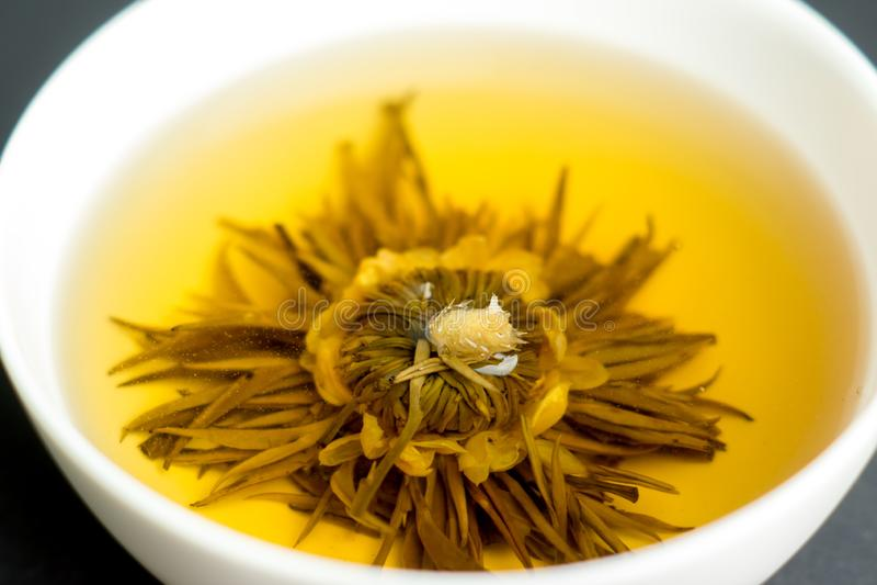 Flor bonita chá dado forma imagens de stock royalty free
