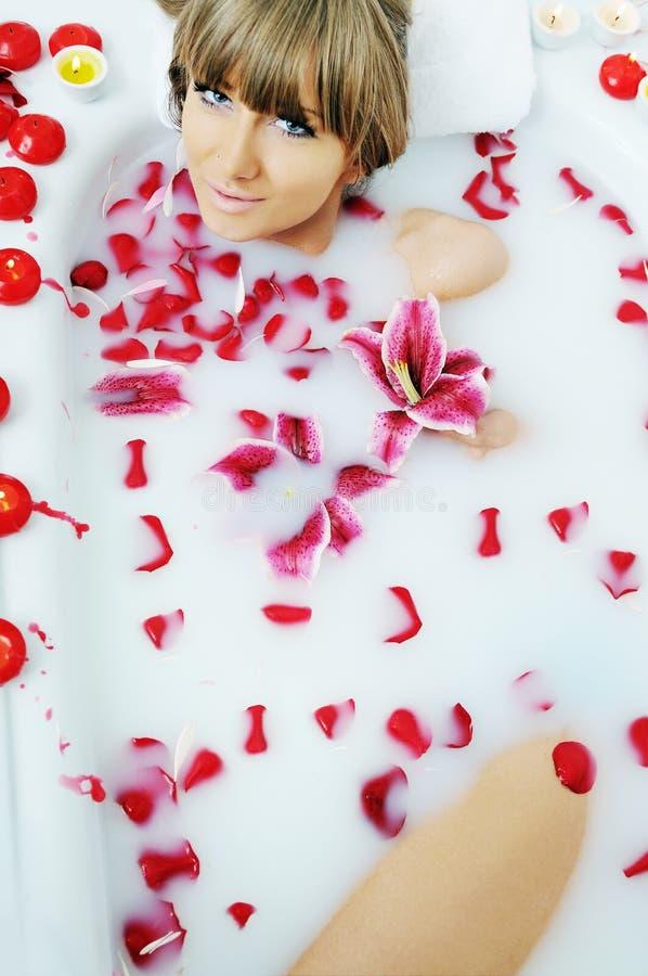 Flor del baño de la mujer fotos de archivo