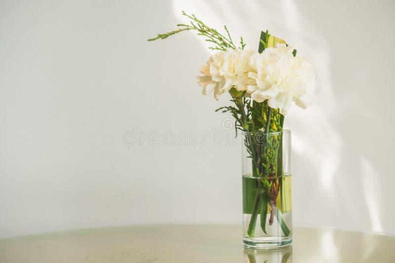 Flor del florero foto de archivo libre de regalías