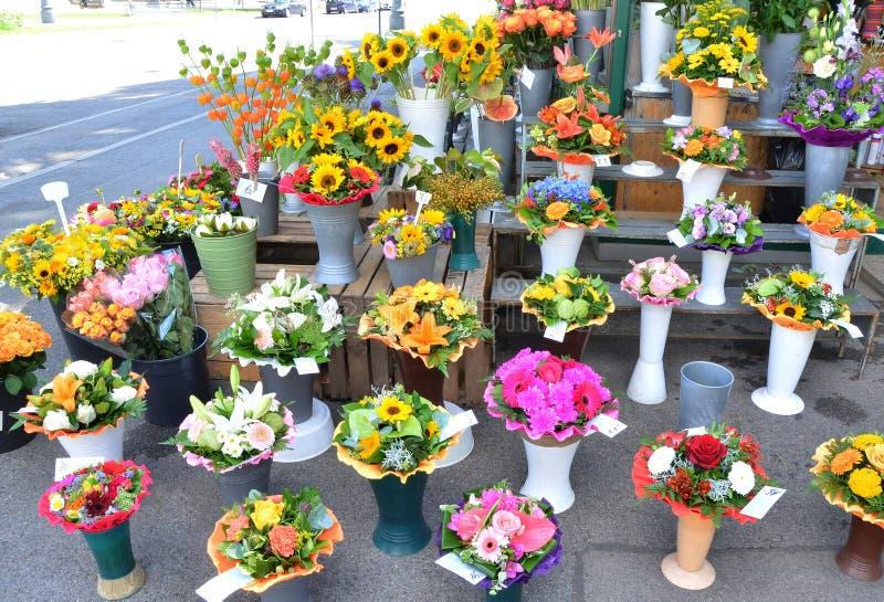 Flor y ramo fotos de archivo