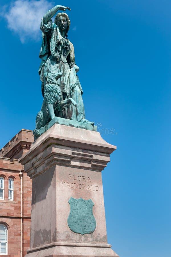 Flora MacDonald sulla statua del piedistallo a Inverness fotografia stock