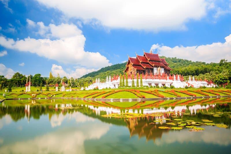 A flora real, Ho Kum Loung no parque Chiang Mai de Ratchaphruek, T imagem de stock
