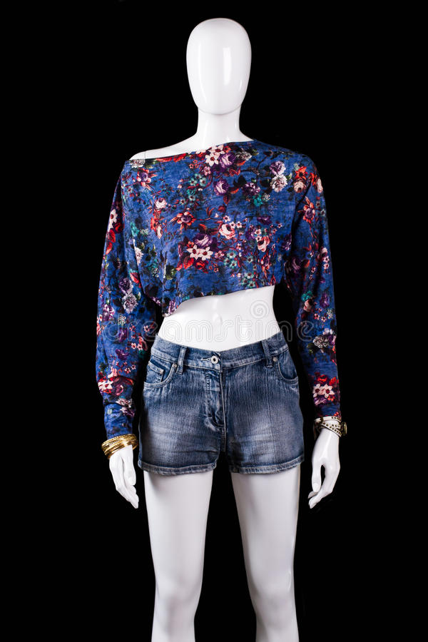 Free Floral Crop Top And Shorts. Royalty Free Stock Photography - 70821707