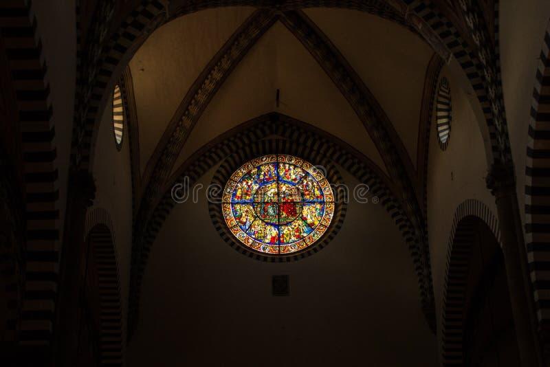 Florença, Itália - 8 de setembro de 2017: Igreja de Santa Maria Novella Interiores e detalhes arquitetónicos de Santa Maria Novel fotografia de stock