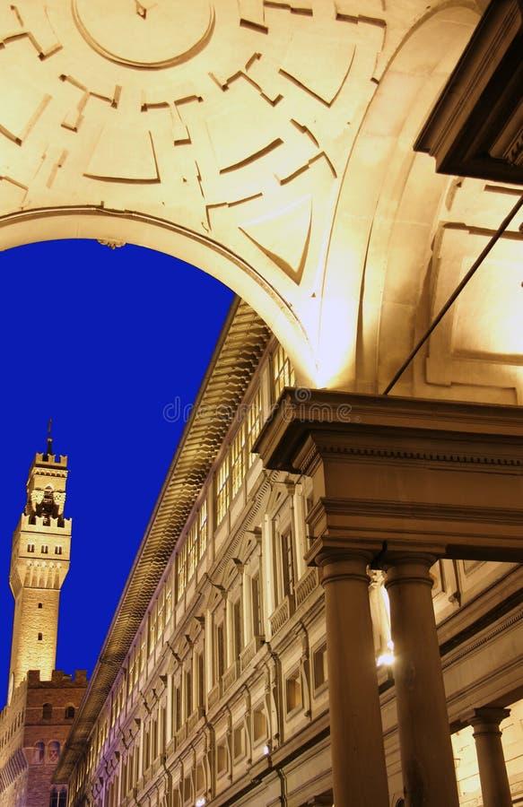 Florence, Album van Ufizzi bij dageraad stock afbeeldingen