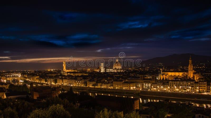 Florence in de avond royalty-vrije stock foto's