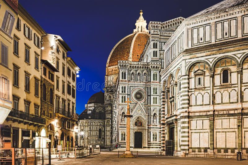 Florence Duomo Close Dawn stock fotografie