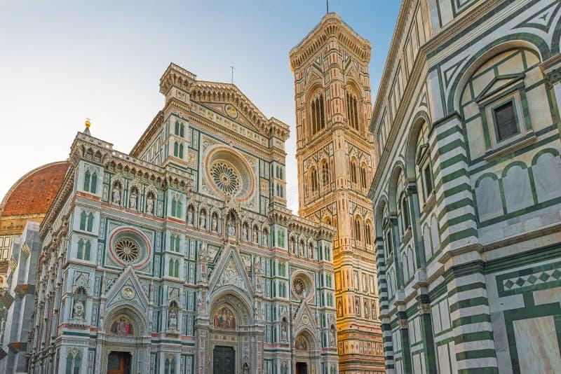 Florence Duomo för del di för kyrka för arkitekturbasilicadomkyrka florence gotisk italy maria santa för fiore duomo stil domkyrk fotografering för bildbyråer