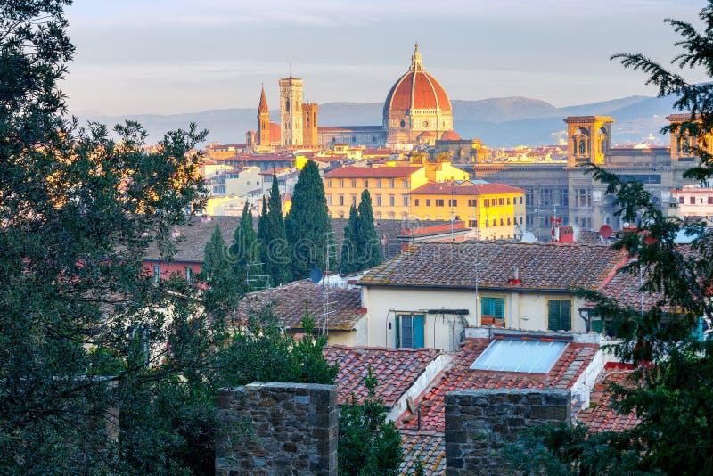 Florence Duomo på gryning arkivfoton
