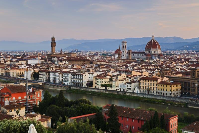 Florence Duomo Pan Rise stock fotografie