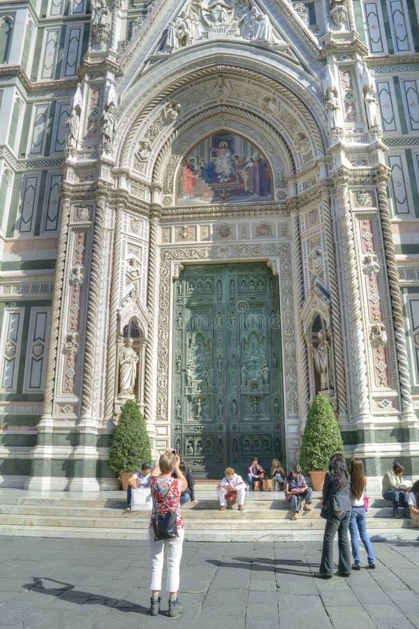Florence Fasaden av domkyrkan av Santa Maria del Fiore arkivbild
