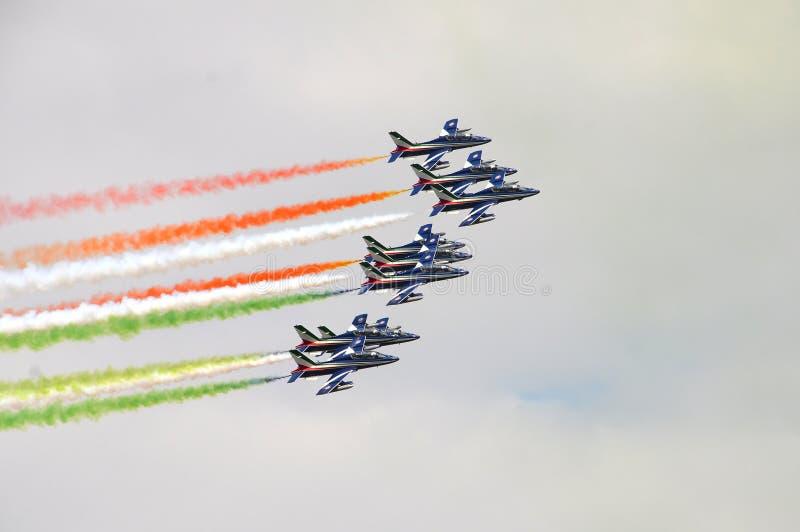 Florence, Italië - Maart, 28 2018: Airshow van PAN Frecce Tricolori stock foto