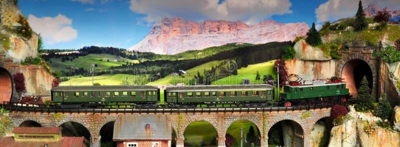 Florence, ITALIË - 18 Maart 2019: Miniatuurspoorwegmodel met treinen stock foto
