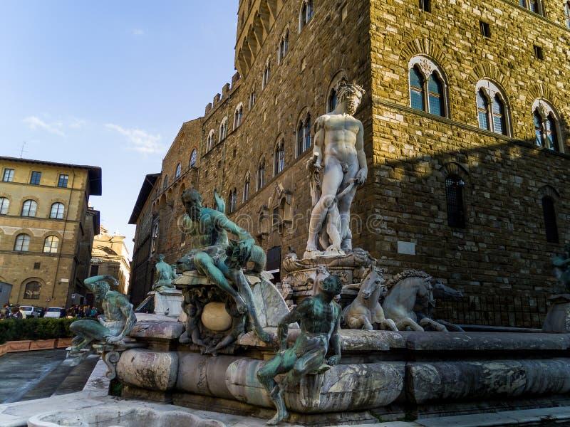 Florence Italien: Neptunspringbrunnen arkivbild