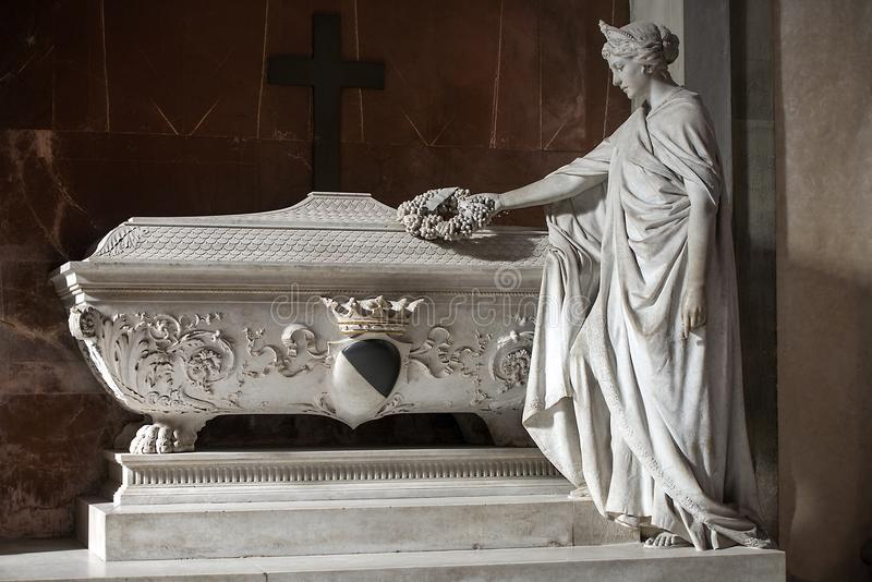 Tomb of Gino Capponi in the Basilica di Santa Croce in Florence, Italy. FLORENCE, ITALY: February 18, 2017 : tomb of Gino Capponi, was an italian statesman and stock images