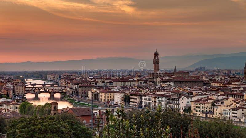 Florence på solnedgången arkivfoto