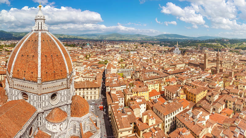 Florence panoram från domkyrkan Santa Maria del Fiore, Italien royaltyfria bilder
