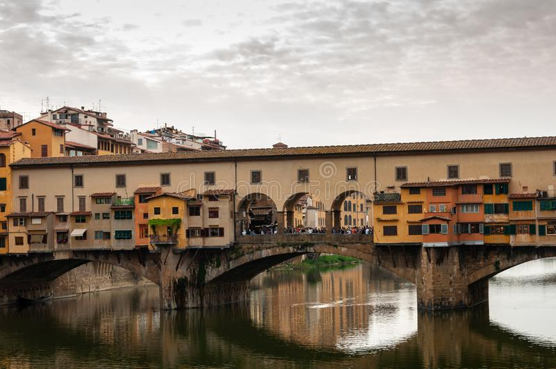 Florence, UNESCOarv och hem till den italienska ren?ssans som, ?r full av ber?mda monument och konstverk ?ver hela v?rlden royaltyfri bild