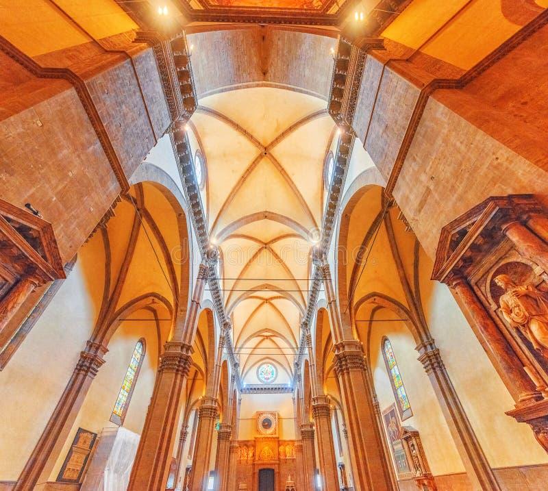 FLORENCIA, ITALIA 14 DE MAYO DE 2017: Dentro de, interior de Santa Maria imagenes de archivo