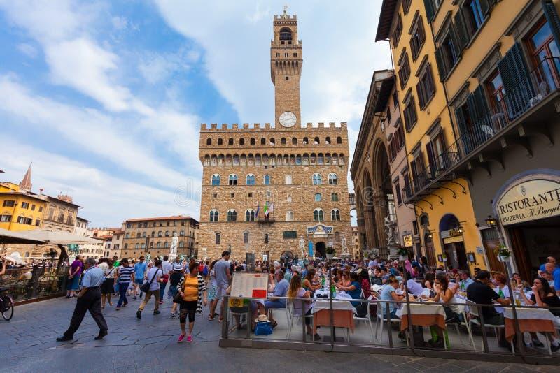 Florencia, ITALIA 10 de septiembre de 2016: Opinión sobre el cuadrado de Signoria en Florence Piazza della Signoria en Florencia imagen de archivo