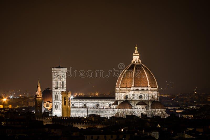 Florencia por noche imagen de archivo libre de regalías